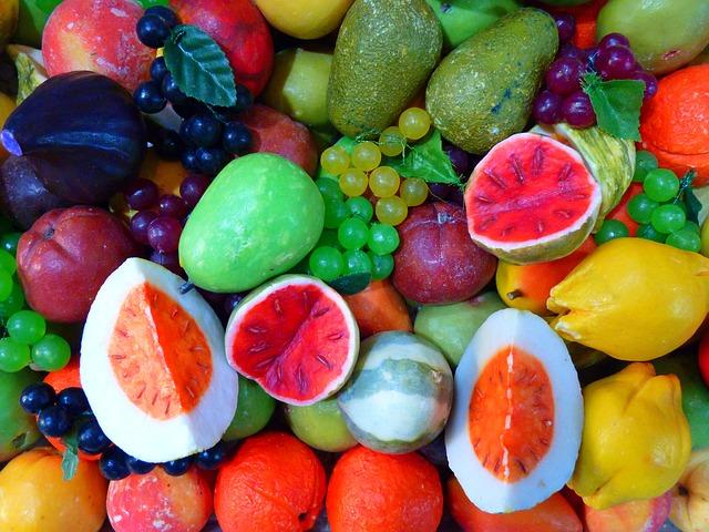 různé ovoce