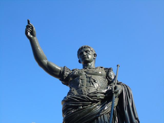 Caesarova socha v Římě
